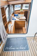 Linssen Grand Sturdy 410 -  Mrs. Jones
